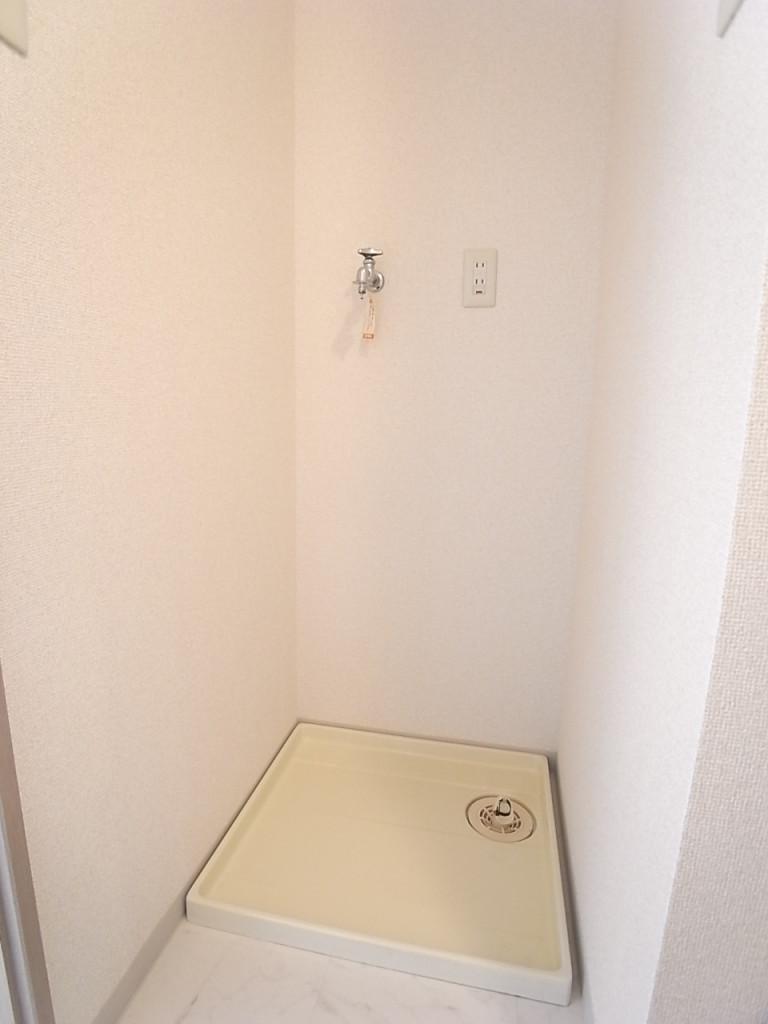 防水パン付きの洗濯機置場で水漏れの心配を軽減!