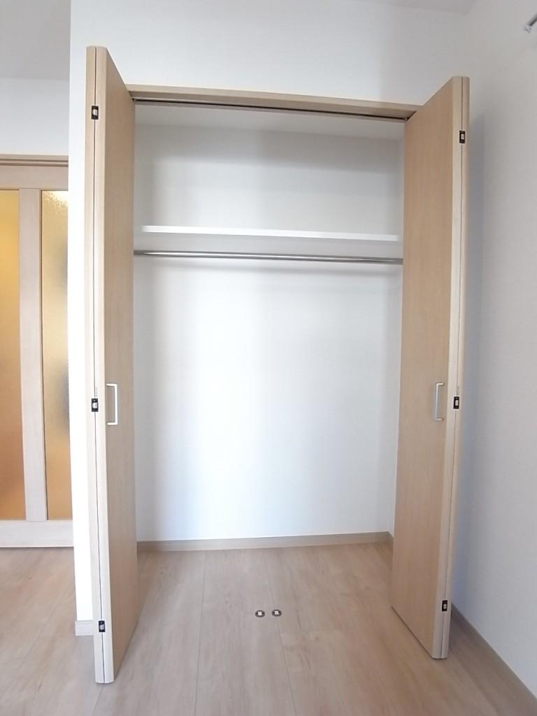 クローゼットでお部屋がすっきり片付きます!