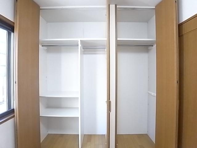 洋室のクローゼットは収納力抜群!部屋がすっきり片付きます!