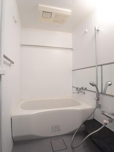高級感の漂うバスルーム。