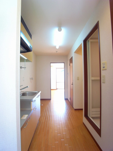 キッチン・廊下は長さだけではなく幅もあります!