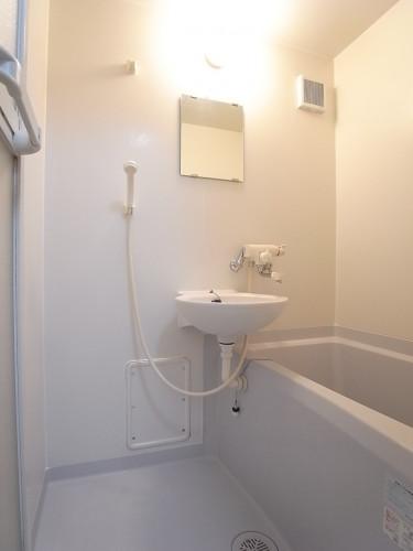 一日の疲れを癒してくれる浴室!