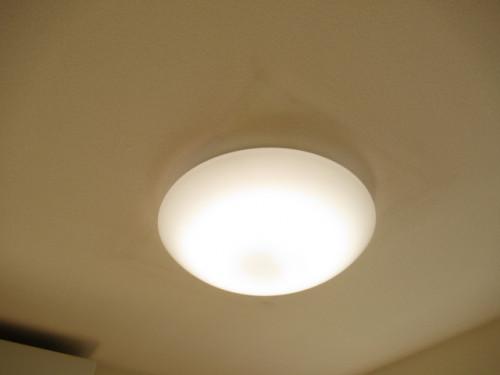 洋室 照明