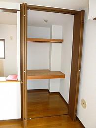 室内収納!広いです(写真は3階のお部屋となります