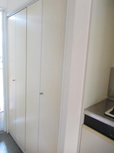 室内洗濯機置場 ドア