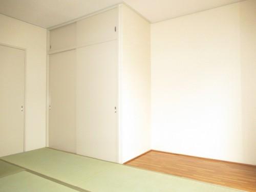 6帖の和室☆板の間もあるので7帖分の広さです☆