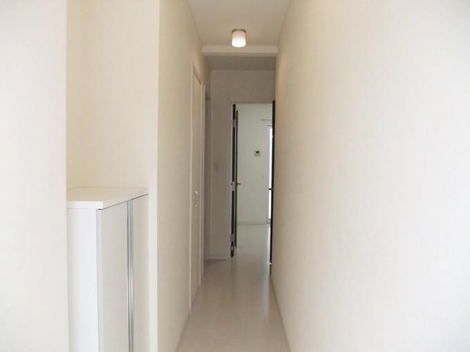 玄関からお部屋が見えず安心です