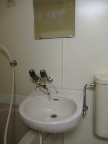 トイレも浴室と一緒です☆