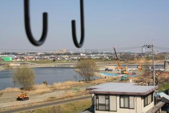 バルコニーからは多摩川が望めます!