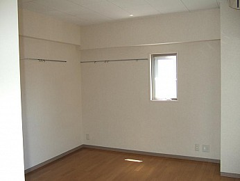 完全独立角部屋なので隣室と接していません!