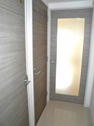 廊下とLDKには扉もあります