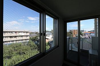 バルコニーや窓の外は爽快な眺望♪