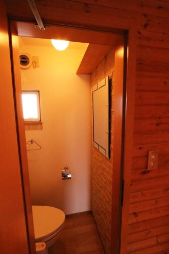 トイレもお洒落な空間♪