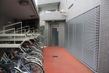 もちろん駐輪場もあり!敷地内防犯カメラも設置