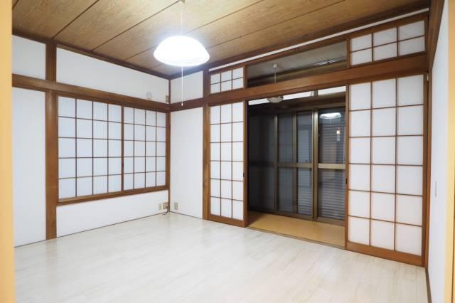1Fの洋室です。広々。