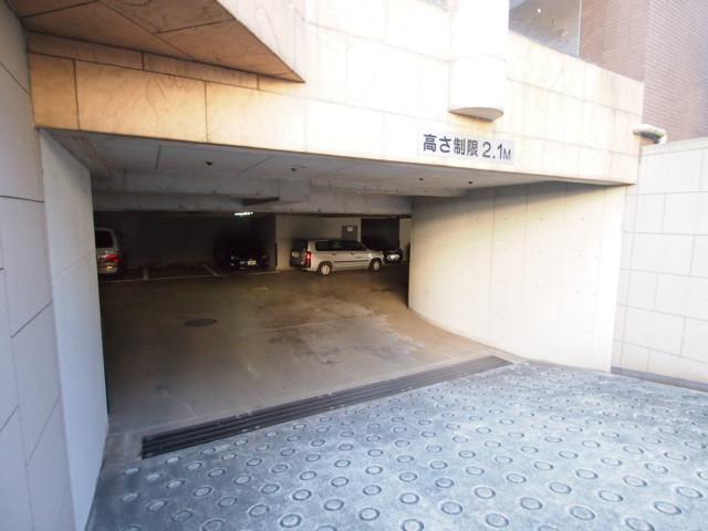 駐車場の入り口。