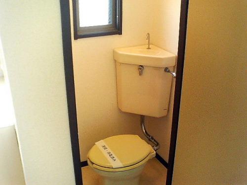 トイレにも窓。