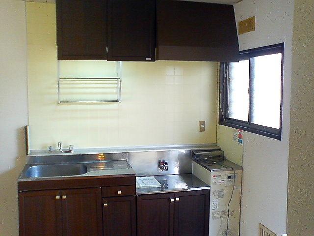 キッチンも広さはあるので安心。