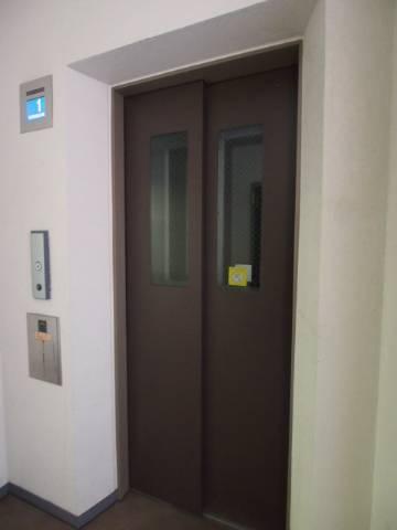エレベーターがあるので今回の3階のお部屋も安心。