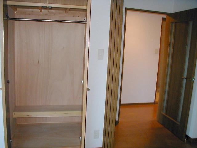 収納も各お部屋にあります。