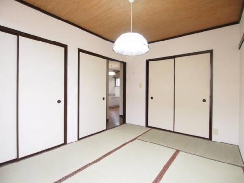 和室が一つあるとなんだか落ち着きますね。