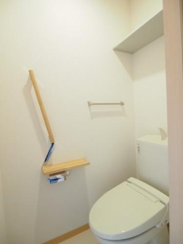 トイレも清潔感のある空間です。