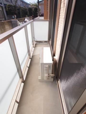 洗濯物を干すスペースも確保されています