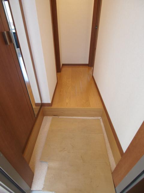 玄関もゆとりある広さ。
