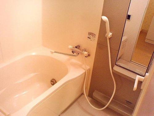 お風呂も追い焚きや乾燥機など嬉しい設備が充実