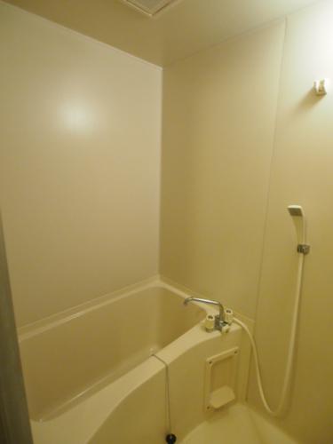 洗面台が付いてないので余分なスペースがなくなります