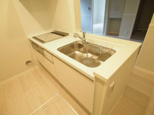 機能的なキッチンは清潔感もあり、オシャレです。