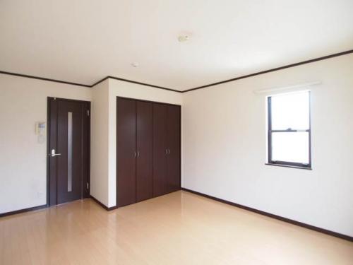 お部屋のインテリアもいろいろ楽しめそうな広さ。