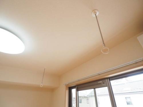 室内物干しもあるのは便利。