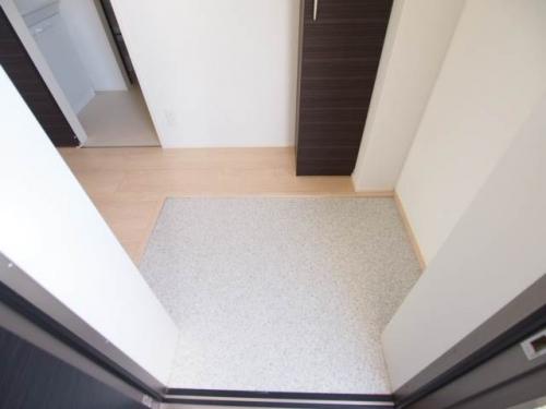 玄関もゆったりと広くて出入りしやすいですね。