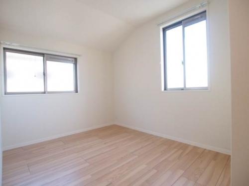 寝室スペースもエアコン付き。