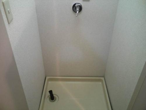 洗濯機置場も室内にあります。