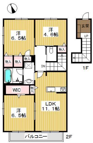 玄関は1階にあり、居室はとても広々しています