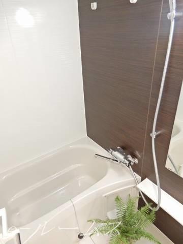 浴室乾燥機付きバス(参照写真)