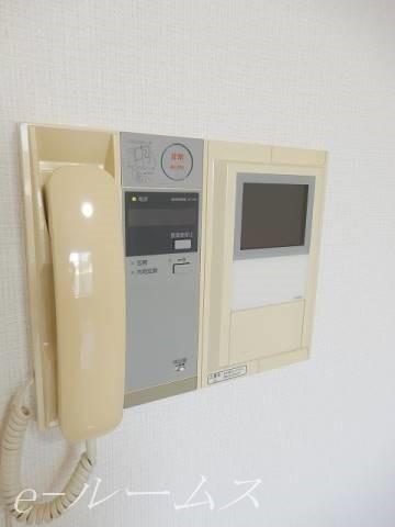 TVモニター付きインターホン オートロック完備