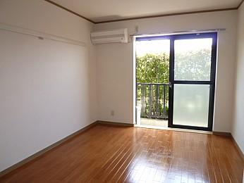 室内(別の部屋の写真です)