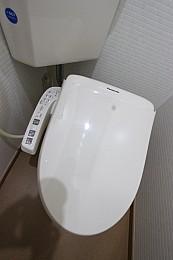 快適なシャワートイレ完備