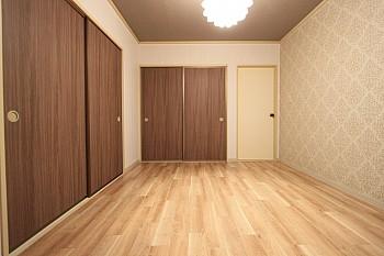 洋室Ⅱ 寝室