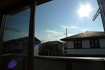 南向きの窓をあけると広大な空が開けています!