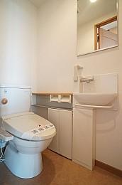 鏡・手洗い付トイレ!暖房便座付!
