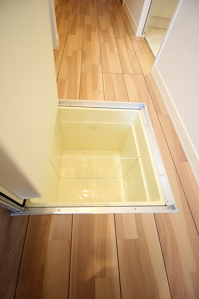 一階ならでは!床下収納付いています♪