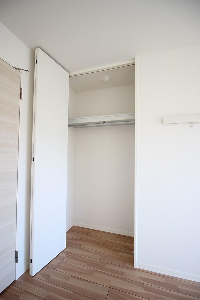 天井の高さまでゆとりのある収納スペース♪