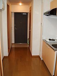 ◆キッチン内◆ 幅が広い通路には食器棚など設置できます