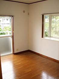 ◆洋室◆ 出窓あります