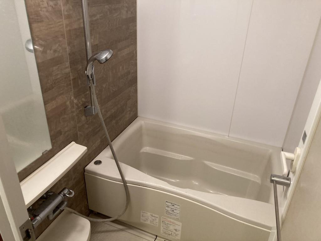 追焚・浴室乾燥機!ゆったりした浴室内!