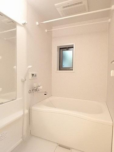 浴室乾燥機付浴室内です!